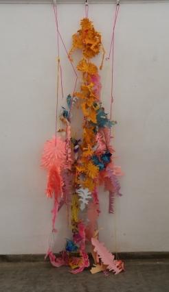 Gutter flower paper paint wool 1800 x 500mm approx